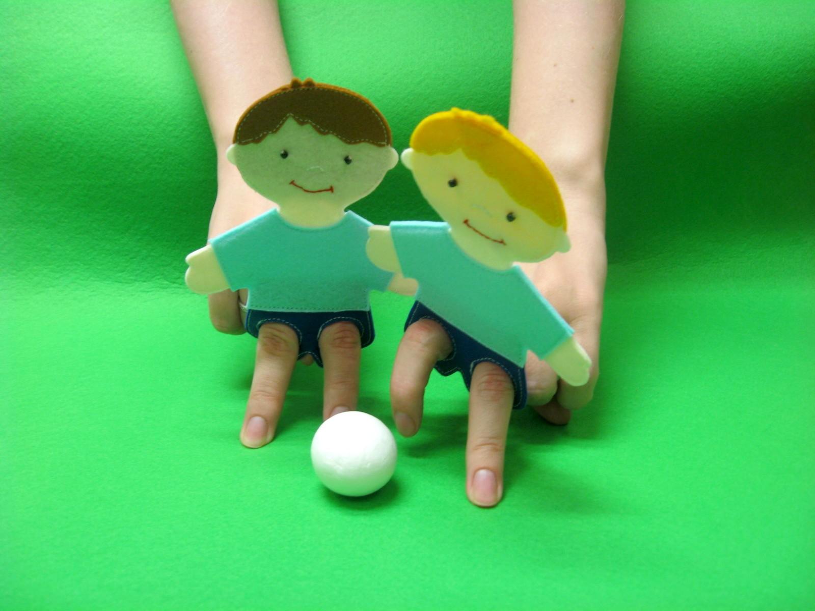 пальчиковая игра из фетра футбол