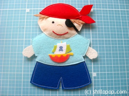 """Pirate"" felt two fingers puppet toy tutorial"