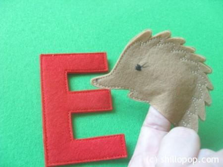 Ехидна пальчиковая игрушка Азбука из фетра алфавит выкройки