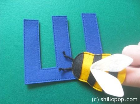 шмель пальчиковая игрушка Азбука из фетра алфавит выкройки фетр
