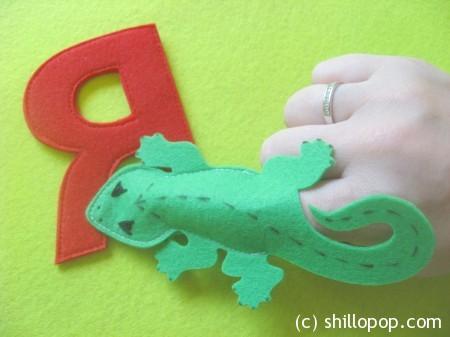 ящерица пальчиковая игрушка Азбука из фетра алфавит выкройки фетр