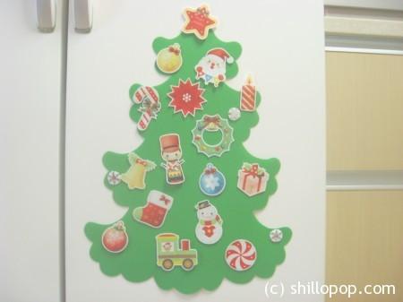 елка из фетра с игрушками на магнитах 6