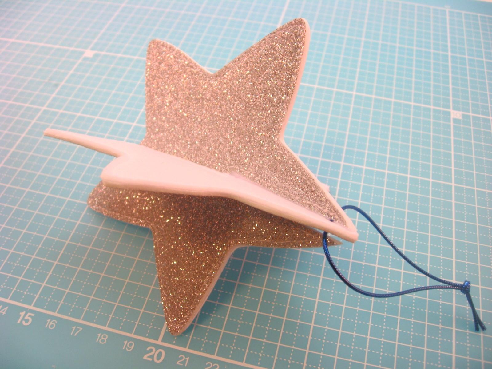 мастер класс новогодняя елочная игрушка из фетра звезда