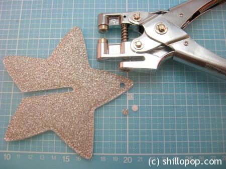 мастер класс новогодняя елочная игрушка из фетра звезда 9